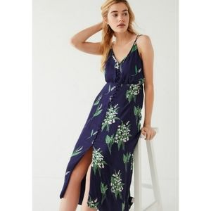 URBAN OUTFITTERS LADY LAVA  FLORAL MIDI DRESS